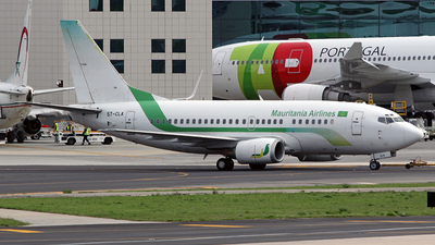 5T-CLA - Boeing 737-55S - Mauritania Airlines