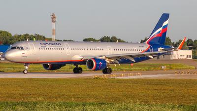 VP-BFF - Airbus A321-211 - Aeroflot