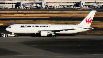 JA654J - Boeing 767-346(ER) - Japan Airlines (JAL)