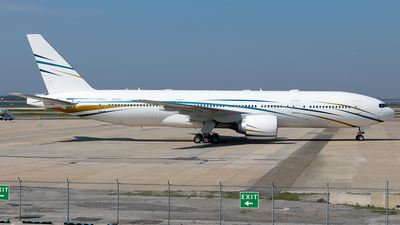 N777AS - Boeing 777-24Q(ER) - Mid East Jet