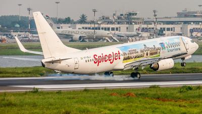 VT-SLJ - Boeing 737-8EH - SpiceJet