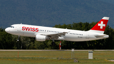 A picture of HBJLS - Airbus A320214 - Swiss - © Alexandre Faroux