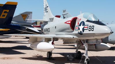 142928 - Douglas A-4D-2 Skyhawk - United States - US Marine Corps (USMC)