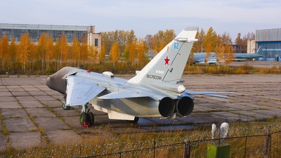 RF-95467 - Sukhoi Su-24MR Fencer - Russia - Air Force