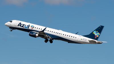 A picture of PRAUJ - Embraer E195AR - Azul Linhas Aereas - © danilosantos