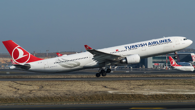 A picture of TCJOF - Airbus A330303 - Turkish Airlines - © Furkan Borakazi