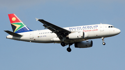 ZS-SFM - Airbus A319-131 - South African Airways
