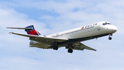 A picture of N947AT - Boeing 7172BD - Delta Air Lines - © Ksavspotter