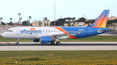 EC-HGZ - Airbus A320-214 - Allegiant Air