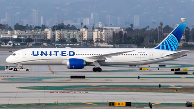 A picture of N29981 - Boeing 7879 Dreamliner - United Airlines - © Ricky Teteris