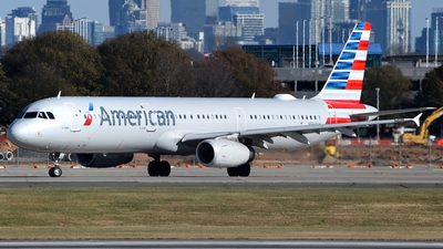 A picture of N584UW - Airbus A321231 - American Airlines - © Doug Marsh