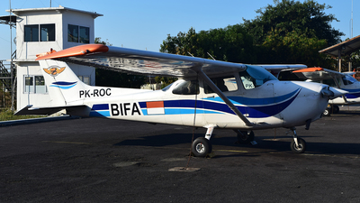PK-ROC - Cessna 172R Skyhawk - Bali International Flight Academy