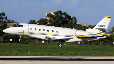 N100EK - Gulfstream G200 - Private