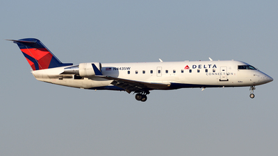 N443SW - Bombardier CRJ-200ER - Delta Connection (SkyWest Airlines)