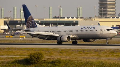 A picture of N68843 - Boeing 737924(ER) - United Airlines - © Jeremy Liu