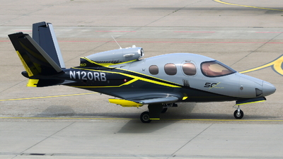 N120RB - Cirrus Vision SF50 G2 - Private