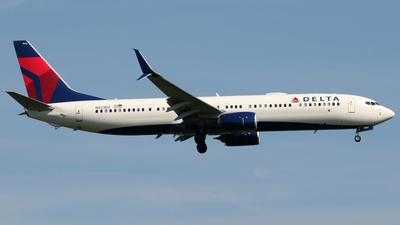 N923DZ - Boeing 737-932ER - Delta Air Lines