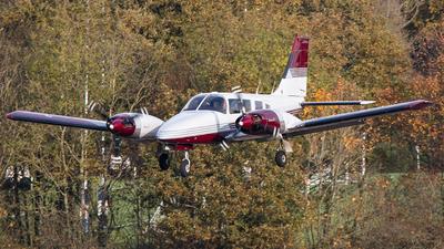 A picture of GSENE - Piper PA34200T Seneca II - [348170069] - © Airlinergeek