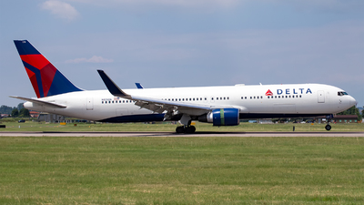 A picture of N179DN - Boeing 767332(ER) - Delta Air Lines - © Mauro Cassaro