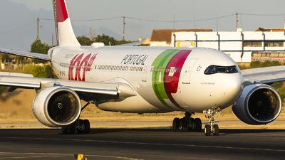 A picture of CSTUI - Airbus A330941 - TAP Air Portugal - © KonradWyszynski