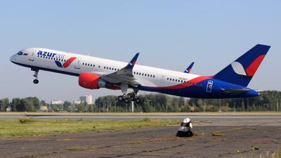 VQ-BEY - Boeing 757-2Q8 - Azur Air