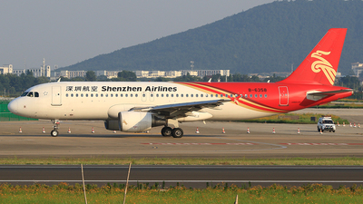 B-6358 - Airbus A320-214 - Shenzhen Airlines