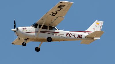 EC-LJM - Cessna 172R Skyhawk II - Fly & Fun