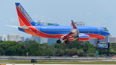 N235WN - Boeing 737-7H4 - Southwest Airlines