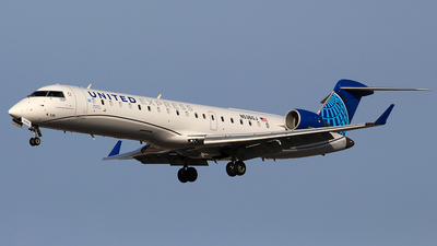 A picture of N536GJ - Mitsubishi CRJ550 - United Airlines - © Huy Do