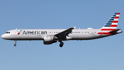 N180US - Airbus A321-211 - American Airlines