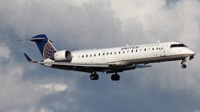 N513MJ - Bombardier CRJ-701 - United Express (Mesa Airlines)