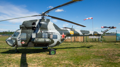 02 - PZL-Swidnik Mi-2 Hoplite - Soviet Union - Air Force