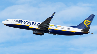 A picture of EIEMF - Boeing 7378AS - Ryanair - © Monica De Guidi