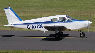 A picture of GATON - Piper PA28140 - [2821654] - © Ian Howat