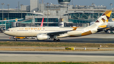A6-EYH - Airbus A330-243 - Etihad Airways