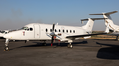ZS-CMJ - Beech 1900D - CemAir