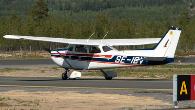 SE-IBV - Cessna 172N Skyhawk - Svegs Flygklubb