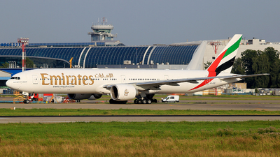 A6-EBE - Boeing 777-36NER - Emirates