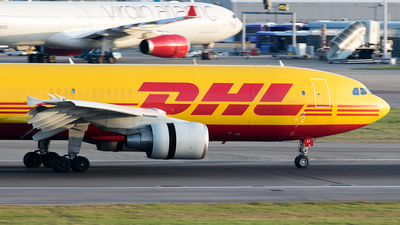 D-AEAT - Airbus A300B4-622R(F) - DHL (European Air Transport)