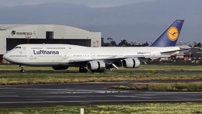 D-ABYJ - Boeing 747-830 - Lufthansa