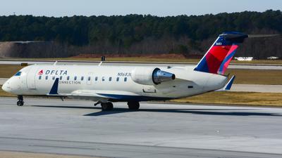 A picture of N8683B - Mitsubishi CRJ200LR - Delta Air Lines - © samuelau