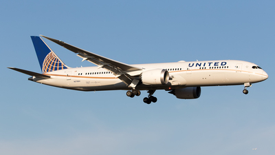 N27964 - Boeing 787-9 Dreamliner - United Airlines