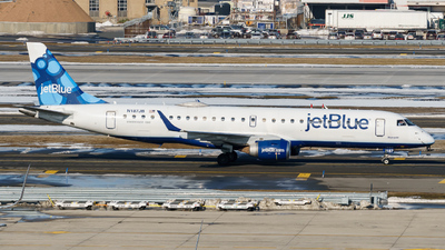 A picture of N187JB - Embraer E190AR - JetBlue Airways - © ne.planespotter