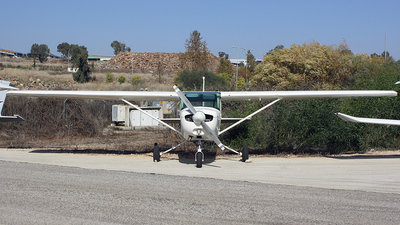 4X-CHF - Cessna 152 II - FN Aviation