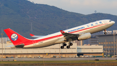 B-8962 - Airbus A330-243 - Sichuan Airlines