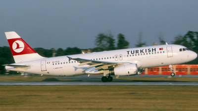 EI-TLG - Airbus A320-231 - Turkish Airlines (Translift Airways)