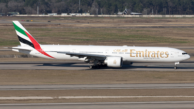 A picture of A6ECF - Boeing 77731H(ER) - Emirates - © Yixin Chen