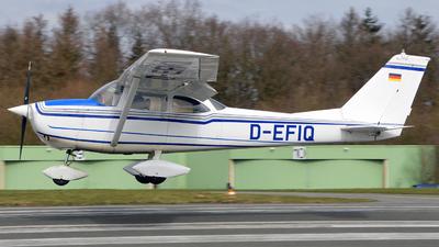 A picture of DEFIQ - Cessna F172G Skyhawk - [F1720271] - © Alex Herbort