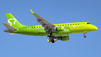 A picture of VQBYC - Embraer E170STD - S7 Airlines - © Alexander Listopad