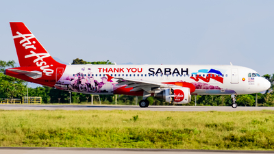 A picture of 9MAHT - Airbus A320216 - AirAsia - © Nigel Shim